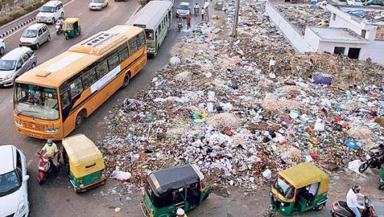 delhi-garbage_1cb1eab6-84c0-11e5-b16a-72c3890db210