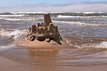 Sand_castle_Cannon_Beach