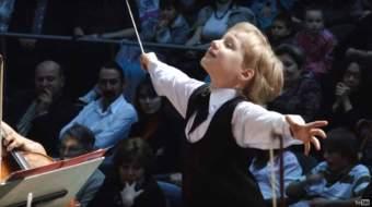 amazing-7-year-old-orchestra-conductor-edward-yudenich-image10.jpg