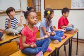 Meditación-en-las-aulas-300x200