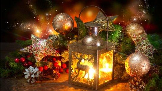 luces-de-navidad-juguetes_893778126