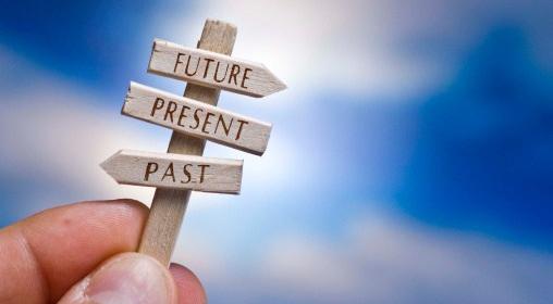 pasado-presente-y-futuro-en-una-mano