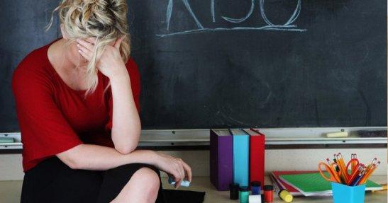 violencia-contra-profesores-social